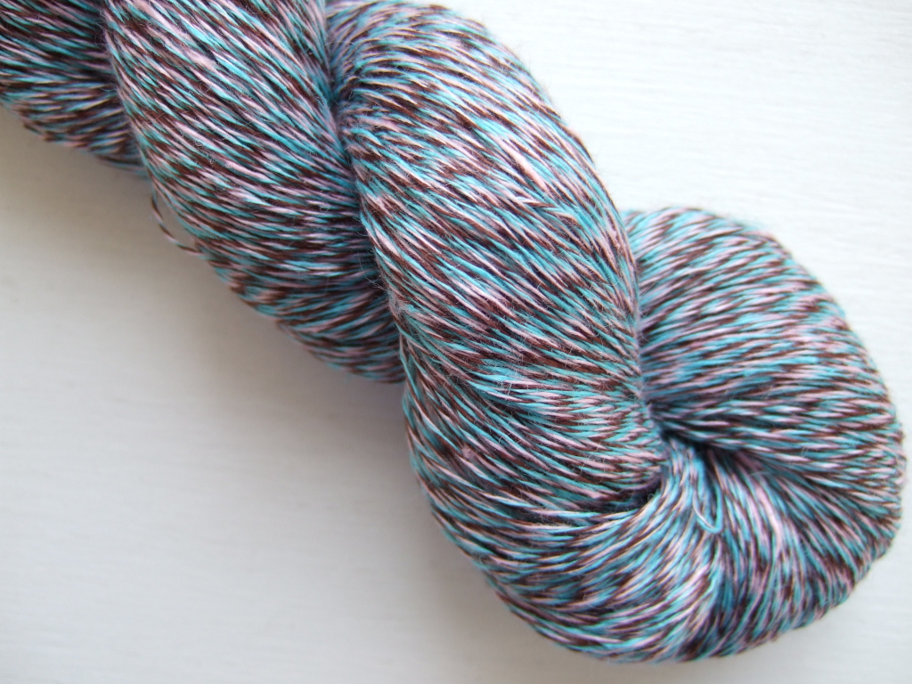 LINEN YARN FOR SALE - Linen yarn